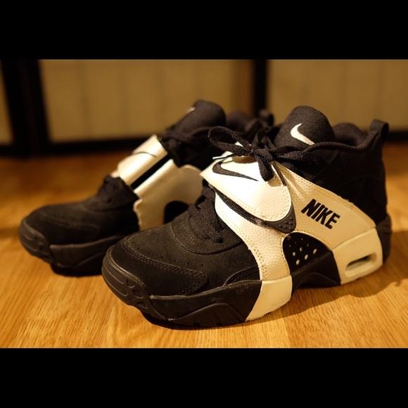 Deshonestidad proporción sentido común  Nike Shoes | Nike Air Veer Sneaker Size 45y | Poshmark